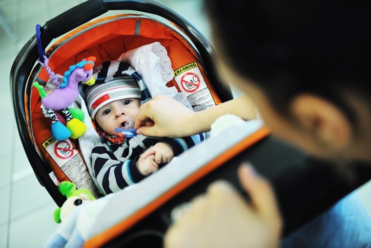 Pour partager l'évolution de votre bébé, créez votre compte parent et partager les photos/vidéos avec vos proches en toute sécurité